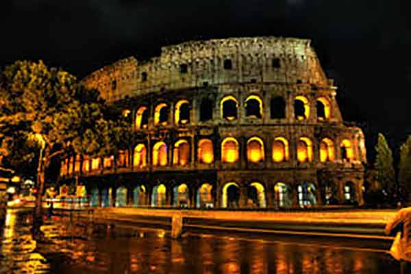 Colosseo Estate Romana